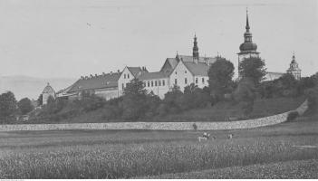 Starosądecki Klasztor w latach 1918 - 1936